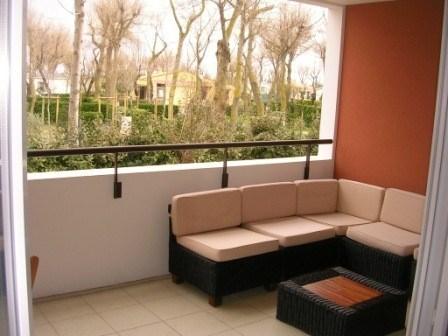 appartement 2 pièces avec piscine et accès direct
