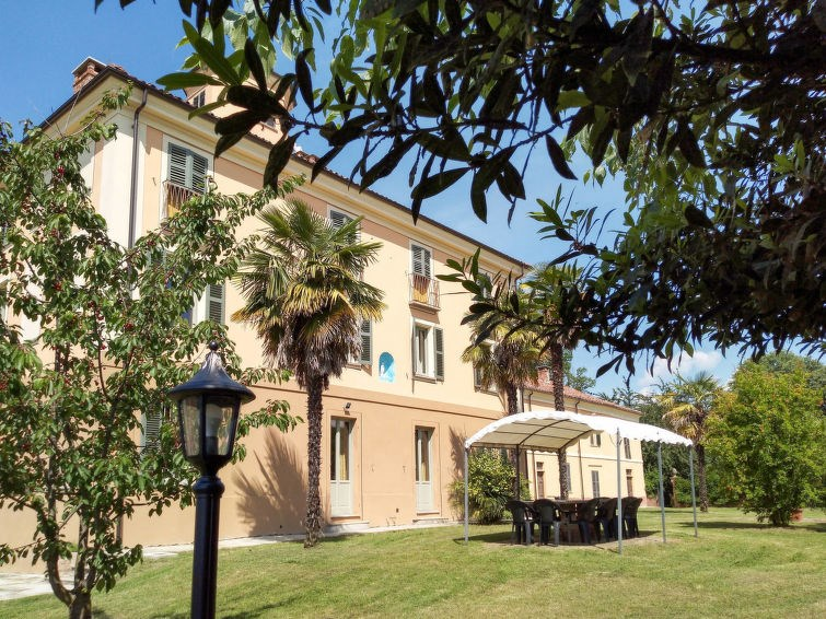 Location vacances Asti -  Maison - 12 personnes -  - Photo N° 1