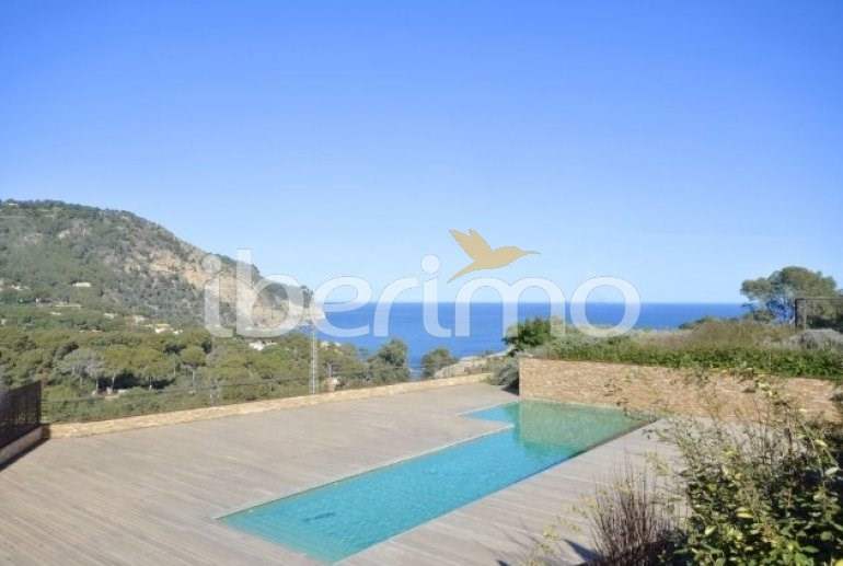 Holiday rentals Begur - Apartment - 8 persons - Television - Photo N° 1
