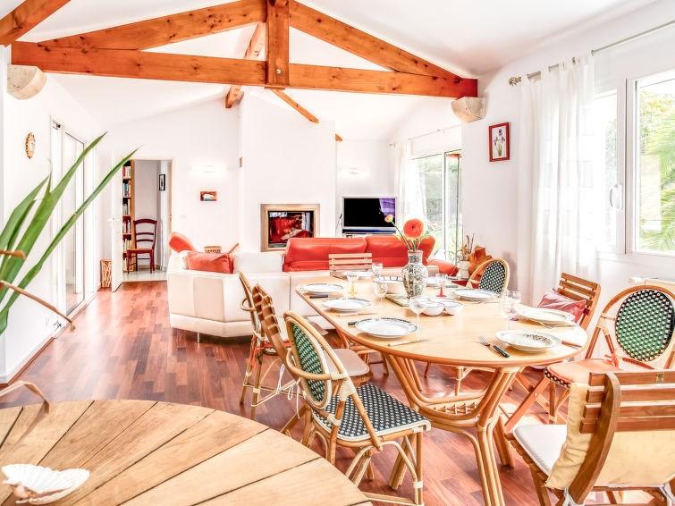 Location vacances Biarritz -  Maison - 8 personnes - Salon de jardin - Photo N° 1