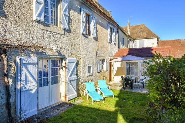 Location vacances Montfaucon -  Maison - 8 personnes - Barbecue - Photo N° 1