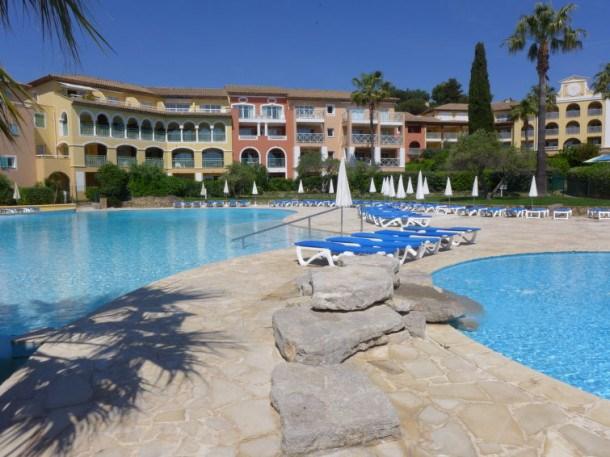 Location vacances Roquebrune-sur-Argens -  Appartement - 4 personnes - Table de ping-pong - Photo N° 1
