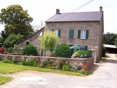 Holiday rentals Bosmoreau-les-Mines - Cottage - 20 persons - BBQ - Photo N° 1