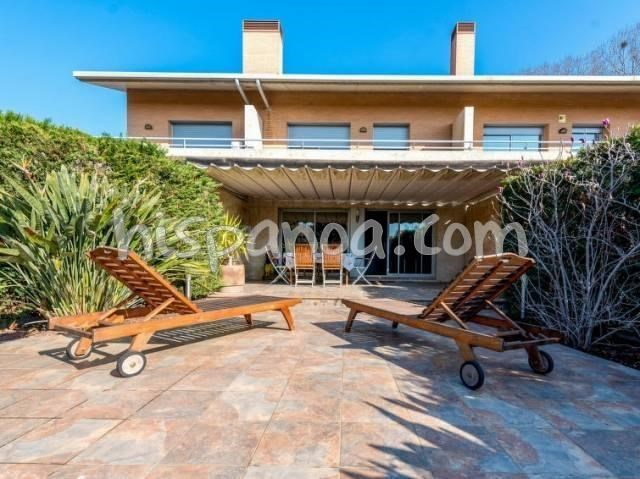Holiday rentals Arenys de Munt - House - 6 persons - BBQ - Photo N° 1