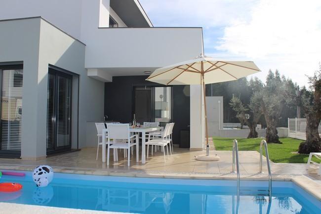 Villa à louer avec piscine