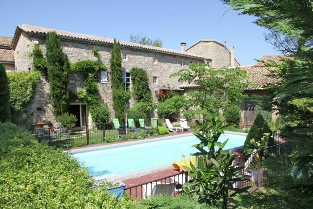 Location vacances Saint-Césaire-de-Gauzignan -  Maison - 10 personnes - Table de ping-pong - Photo N° 1