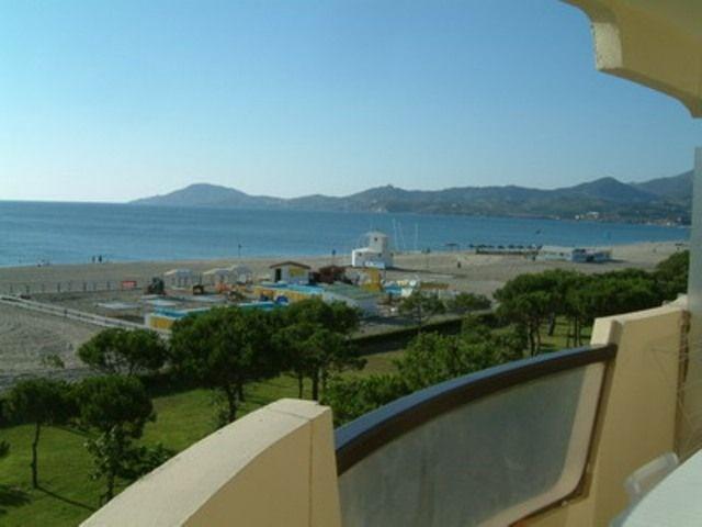 Appartement 2 pièces avec cabine de 50 m² environ pour 6 personnes située en front de mer et à 600 m environ du centr...