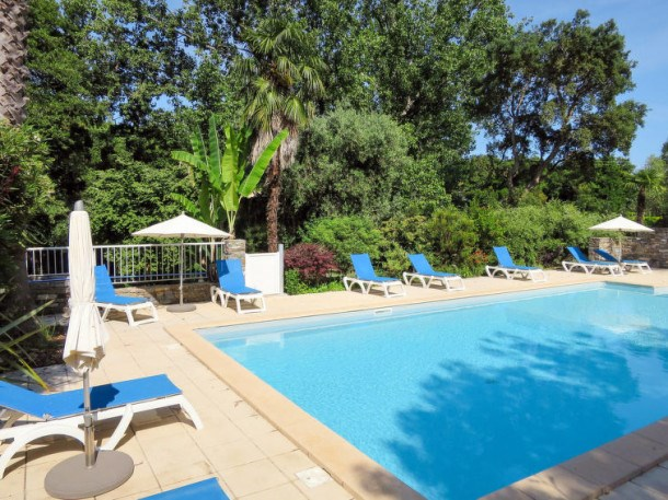 Location vacances Santa-Lucia-di-Moriani -  Appartement - 7 personnes - Barbecue - Photo N° 1