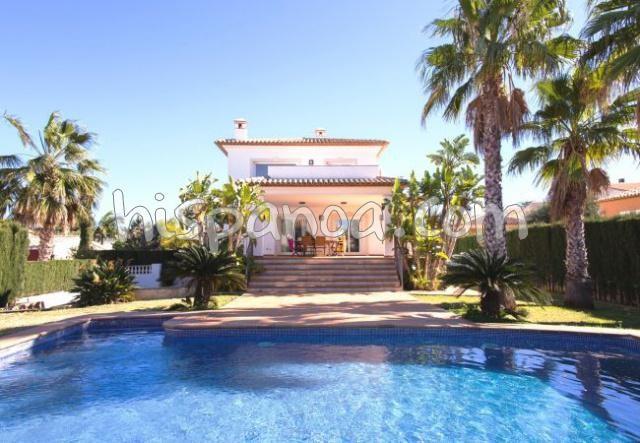Belle villa pour 8 personnes à Denia avec piscine privée  ds071