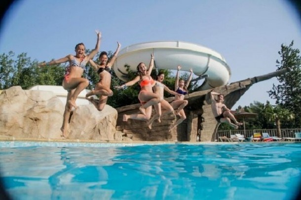 Camping Domaine d'Inly 4* - Mobil-home - 2 chambres - 5/6 personnes