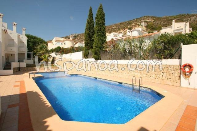 A louer coquette maison pour 4 avec piscine commune sur la costa blanca |casnu