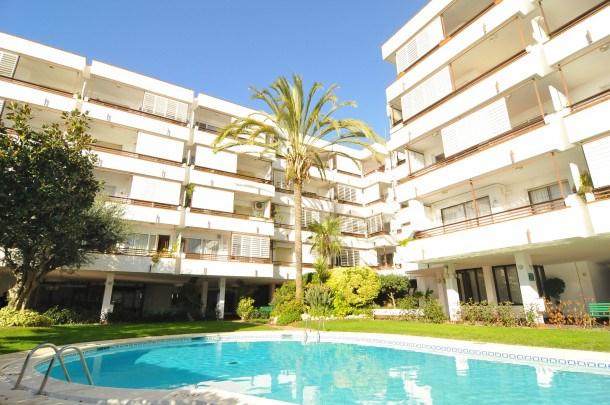 Location vacances Canet de Mar -  Appartement - 7 personnes - Télévision - Photo N° 1