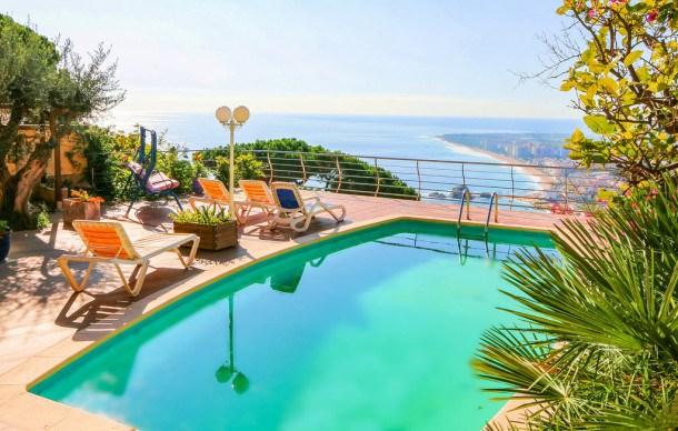 Location vacances Blanes -  Appartement - 7 personnes - Barbecue - Photo N° 1