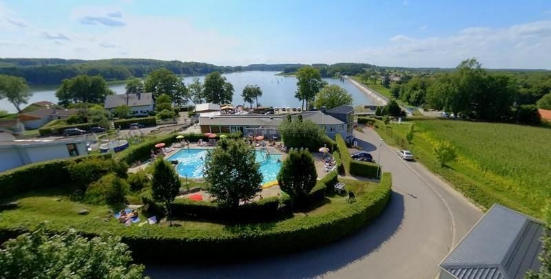 Kawan Village Club Lac de Bouzey, 103 emplacements, 34 locatifs