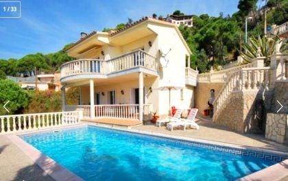 Villa CV TATIA