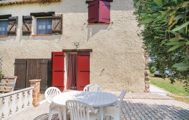 Location vacances Bagnols-en-Forêt -  Maison - 4 personnes - Barbecue - Photo N° 1
