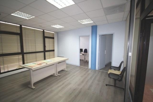 Location bureau montauban bureau 54 16m² 480u20ac mois