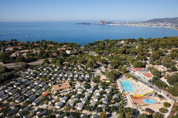 Location vacances La Ciotat -  Maison - 4 personnes - Court de tennis - Photo N° 1