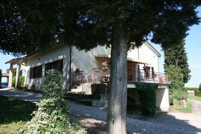 Location vacances Castiglione del Lago -  Maison - 8 personnes - Barbecue - Photo N° 1