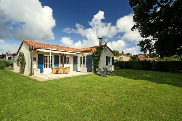Location vacances Les Forges -  Maison - 8 personnes - Terrasse - Photo N° 1