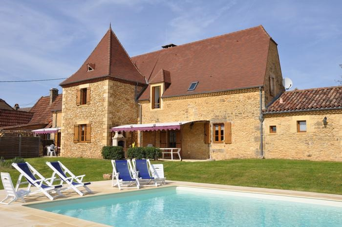 pour 16 pers. avec piscine privée, Castels