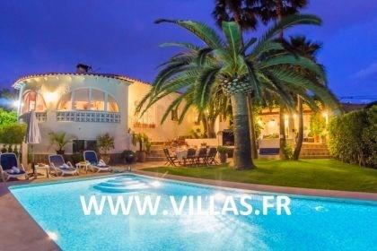 Villa AB Oasi - Confortable villa située dans une zone résidentielle tranquille et à seulement 5 ...