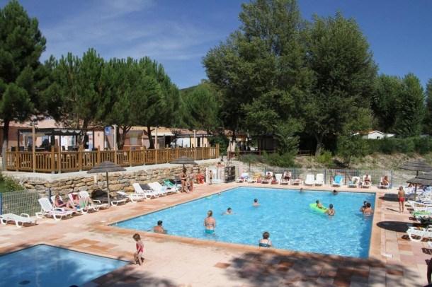 Flower Camping La Rivière - Mobil-Home Lodgia Confort + 27m² (2 chambres) + terrasse couverte