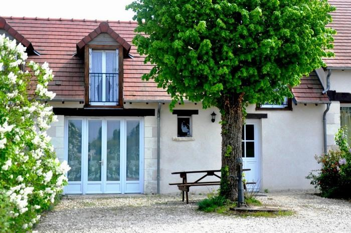 Location vacances Sambin -  Maison - 6 personnes - Barbecue - Photo N° 1