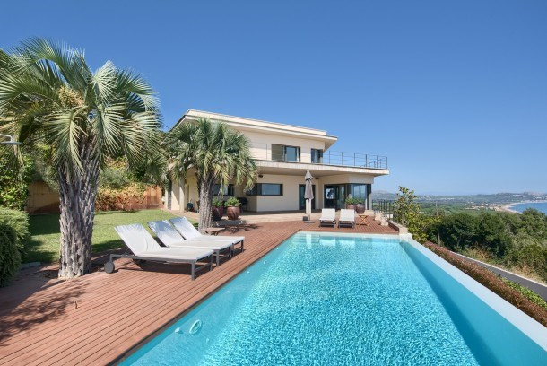 5 bedroom villa with sea views & pool in Sa Punta, Begur (H37)