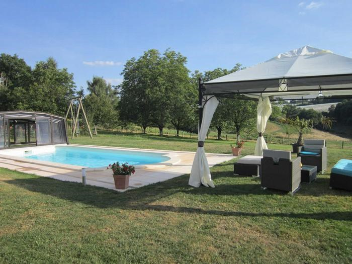 for 10 ppl. with private pool, Saint-Cyr-les-Champagnes