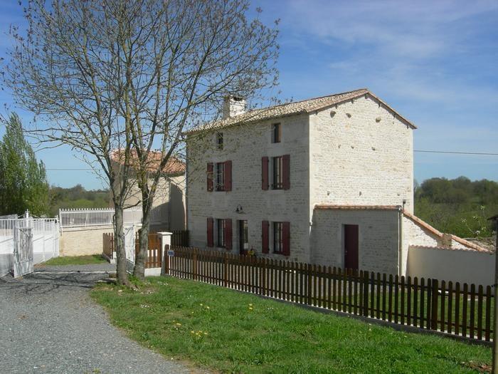 Ferienwohnungen Saint-Christophe-sur-Roc - Haus - 6 Personen - Grill - Foto Nr. 1