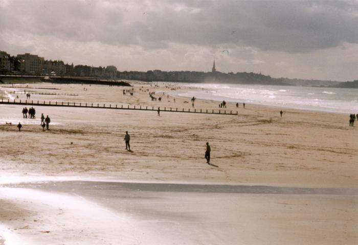 Mit 50 Metern dieses Strandes