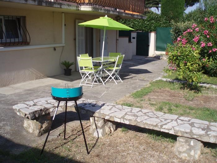 Location vacances Cagnes-sur-Mer -  Appartement - 4 personnes - Barbecue - Photo N° 1