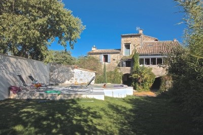 L'authenticité de l'ancien, le confort actuel, le charme tranquille d'un petit village cévenol - Pompignan