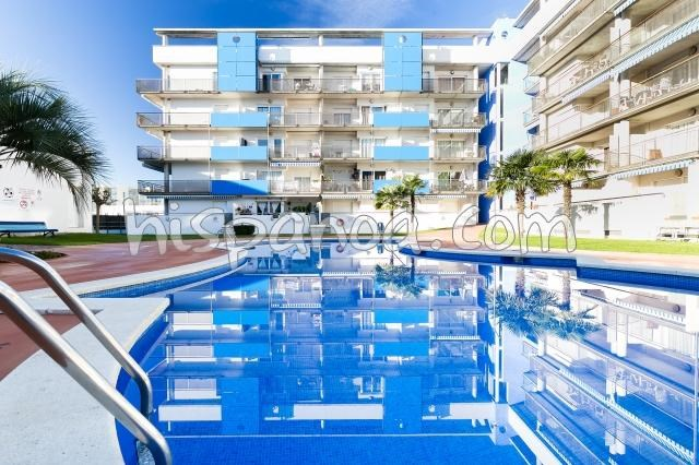 Holiday rentals Rosas - Apartment - 5 persons - Garden furniture - Photo N° 1
