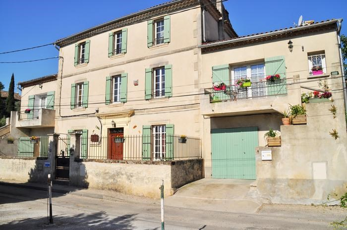 Holiday rentals Roquemaure - Apartment - 4 persons - BBQ - Photo N° 1