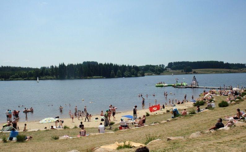 Camping du Lac de Devesset