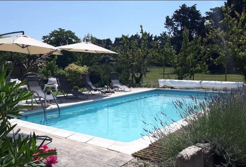 Villa entre St-Rémy de Provence et Avignon.