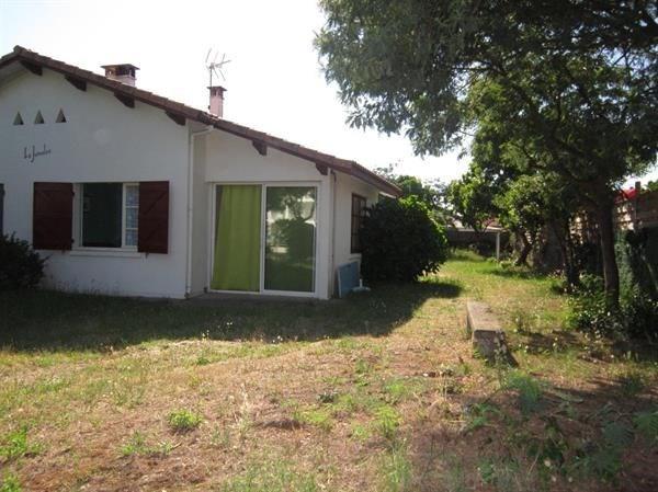 Maison mitoyenne 4 personnes - avec jardin clos - proche des commerces - 40600 Biscarrosse Plage