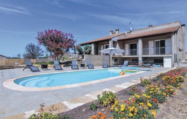 Location vacances Aubussargues -  Maison - 6 personnes - Jardin - Photo N° 1