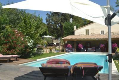 Location vacances Saint-Rémy-de-Provence -  Gite - 6 personnes - Barbecue - Photo N° 1