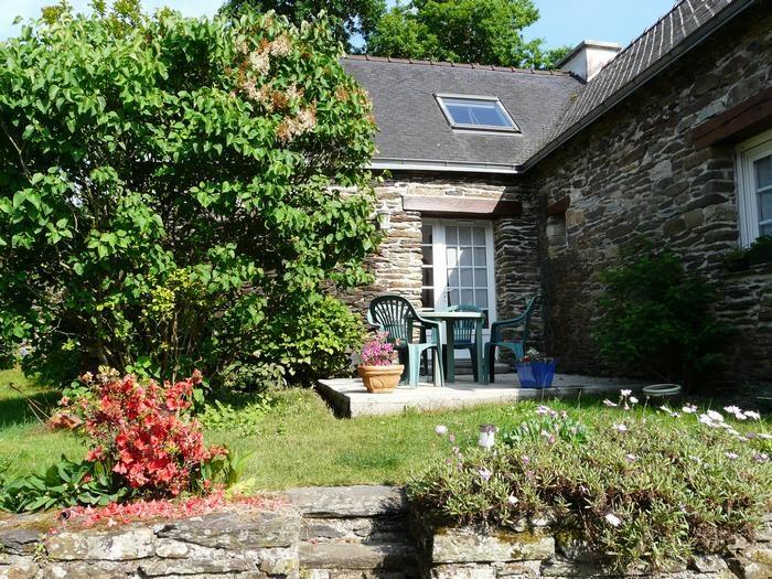 Holiday rentals Pont-de-Buis-lès-Quimerch - House - 4 persons - BBQ - Photo N° 1