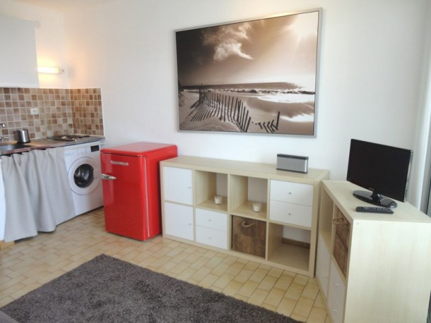 studio cabine moderne -parking-lave-linge
