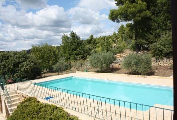 Villa Grande est une charmante et spacieuse maison de vacances située au cœur des collines de Tourtour...