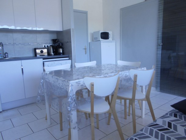 Location vacances Le Grau-du-Roi -  Appartement - 5 personnes - Lave-linge - Photo N° 1