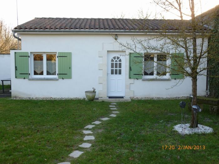 Location vacances Ars -  Maison - 4 personnes - Barbecue - Photo N° 1