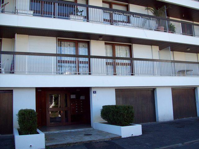 Location vacances Ciboure -  Appartement - 2 personnes - Salon de jardin - Photo N° 1