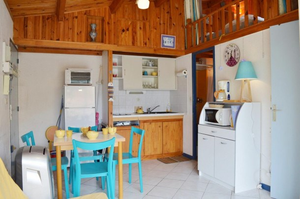 Appartement 2 pièces mézzanine, 4 couchages, Narbonne Plage