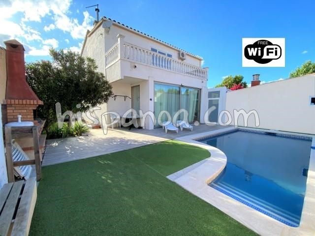 Holiday rentals Castelló d'Empúries - House - 8 persons - BBQ - Photo N° 1