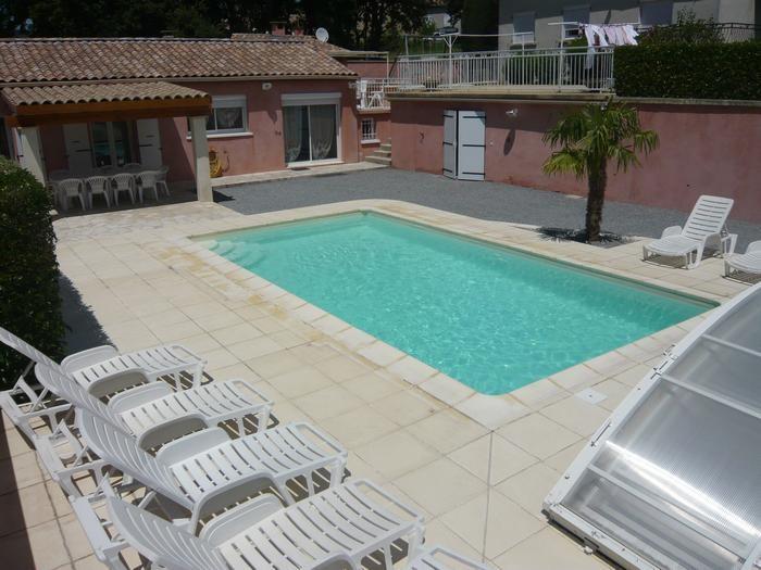 piscine privée de 8 x 4m